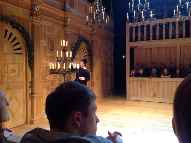Stephen Fry's Back on Stage!
