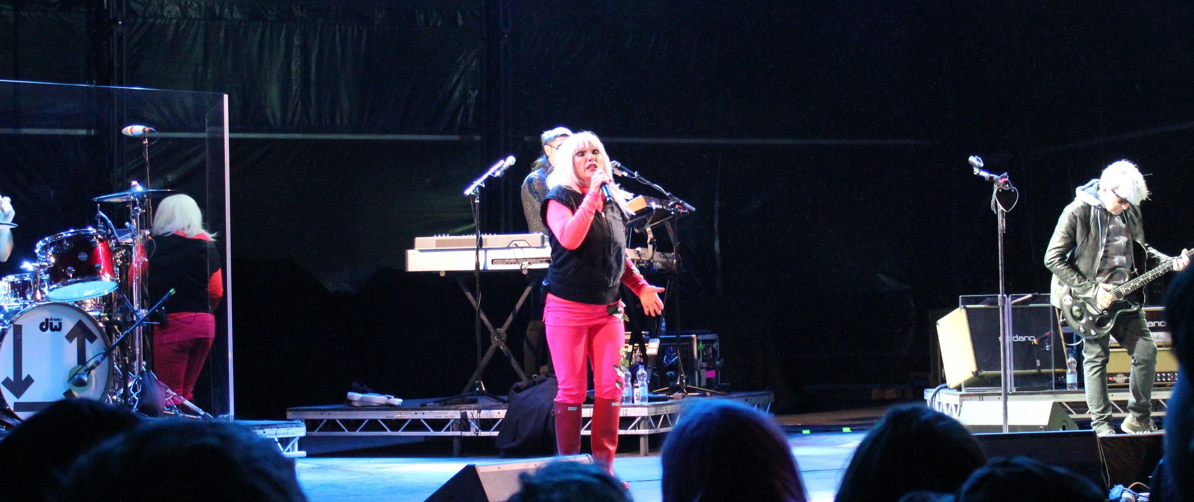 Blondie – Review