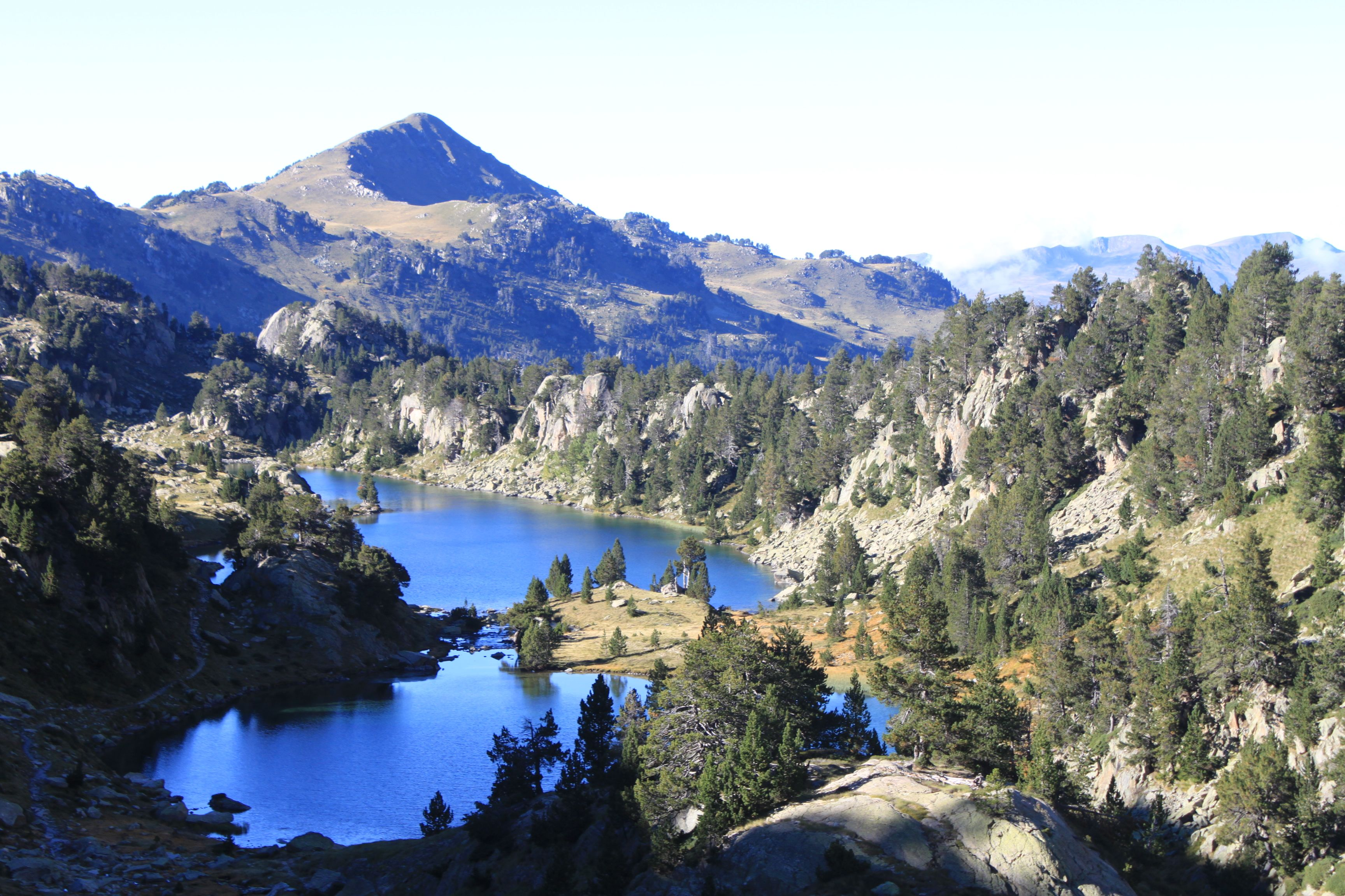 Walking in the Pyrenees – The Lakes